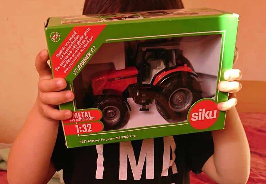 Découverte miniatures Siku - Il dit