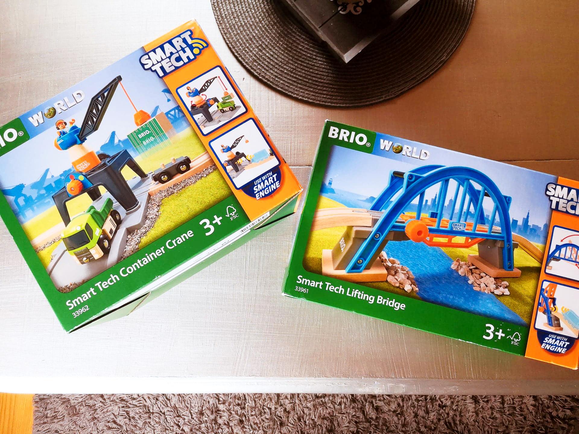 Brio smart tech amabassadeur pont levant grue de chargement conteneurs - Buki 502164 Mega Botsballen