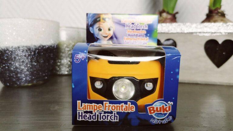 Les enfants découvrent la lampe Frontale Buki (et ils adorent)